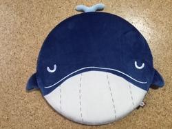 鯨座布団.jpg